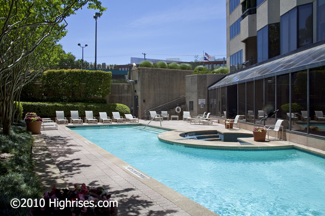 The pool at latour condos dallas