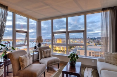 Luxury Condo at Bayside at the Embarcardero