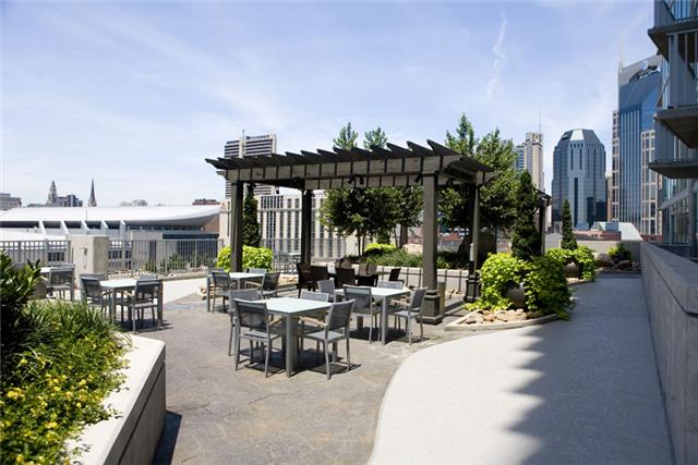 encore condos patio