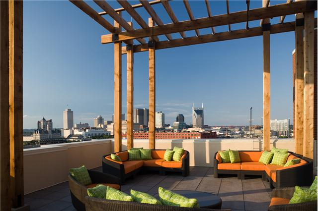 patio at icon condos nashville