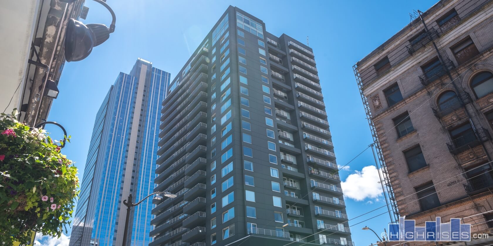 Newmark Tower Condos Of Seattle Wa 1415 2nd Ave