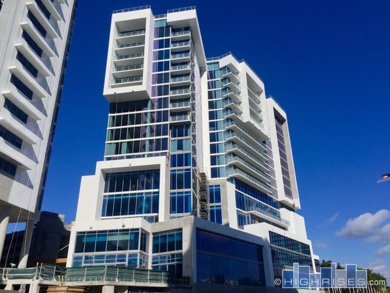 The Vue Condos Of Sarasota Fl 1155 N Gulfstream Ave