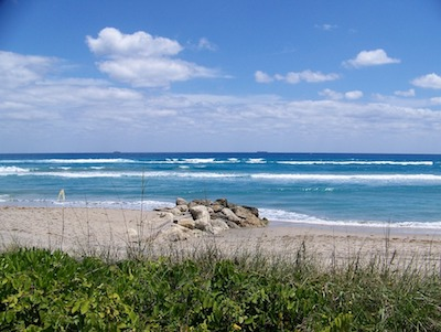 Sandy beach near Boynton Beach