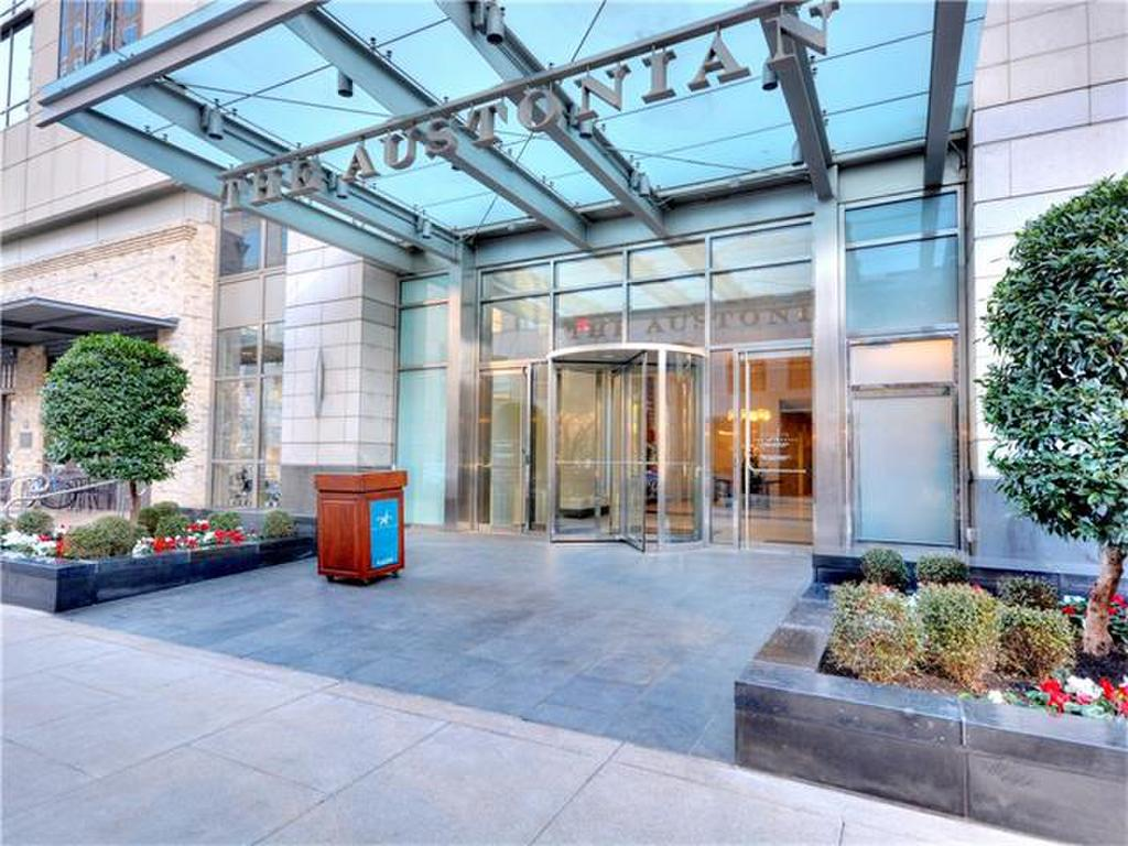 News and Reviews of High-Rise Condominiums - Ellen Noble\'s Blog